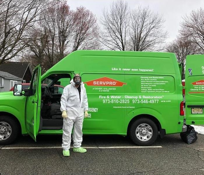 SERVPRO technician ready for a mold remediation job.